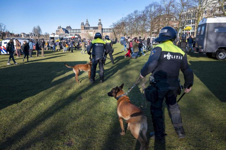 Explosion hits Dutch COVID-19 testing center, no injuries — police
