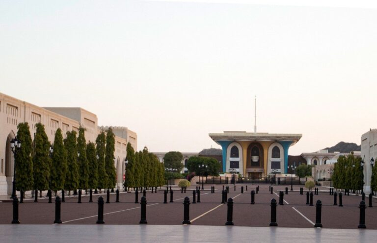 Oman ends night-time movement curbs, keeps ban for all commercial activities
