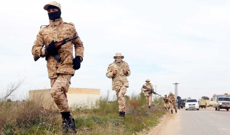 Militias briefly take over Tripoli govt headquarters